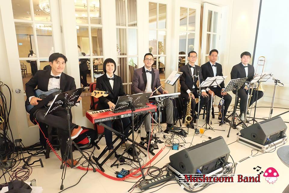 วงดนตรีแนวหรู เพลงบรรเลง  Mushroom Band Brass band วงดนตรีงานแต่งงาน